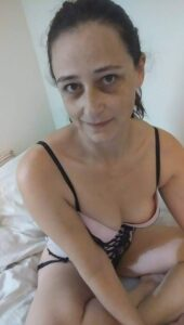 starija razvedena traži seksi zabavu