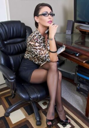mamica seksi advokatica